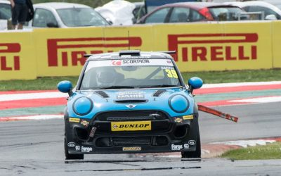 SNETTERTON RACE 2 REPORT