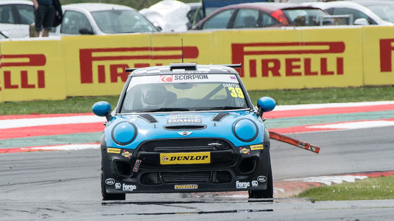 SNETTERTON RACE 2 REPORT