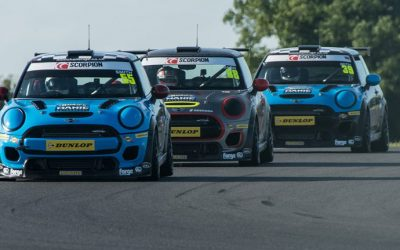 SNETTERTON RACE 1 REPORT