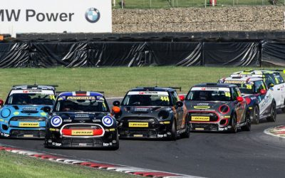BRANDS HATCH JCW RACE 3 REPORT