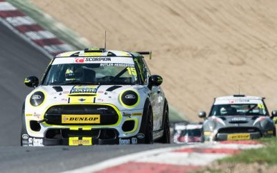 BRANDS HATCH JCW RACE 2 REPORT