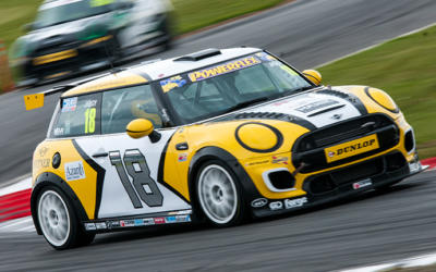 POINTS LEADER GORNALL GRABS SNETTERTON POLE