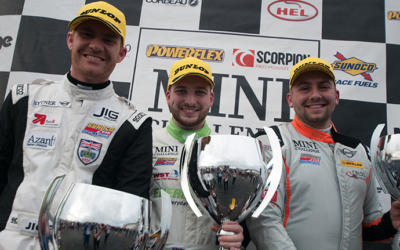 ZELOS WINS AMID DRAMA FOR TITLE CHASER HARRISON IN DONINGTON FINALE