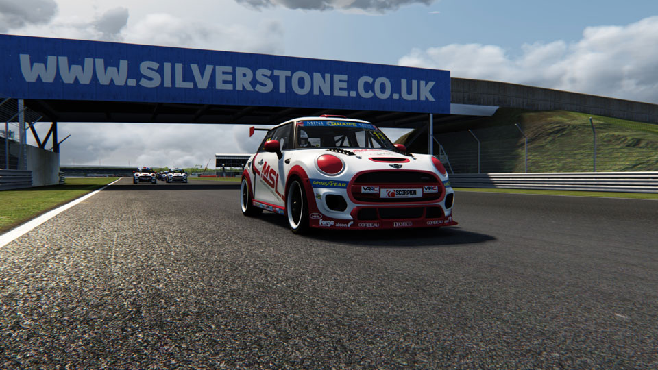 JACK MCINTYRE STRIKES BACK AT SILVERSTONE ESERIES ROUND AS NEW FACES STAR