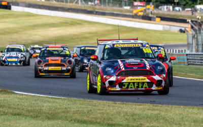 COOPER S LAUNCHES INTO NEW SEASON AT BRANDS HATCH