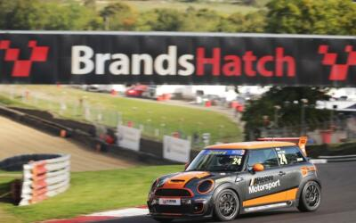 AUSTIN TAKES FIRST BLOOD IN COOPER S QUALIFYING AT BRANDS HATCH
