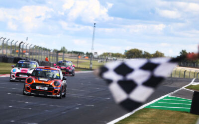 ZELOS CHASING MINI CHALLENGE CROWN AS HE RETURNS TO SERIES WITH EXCELR8