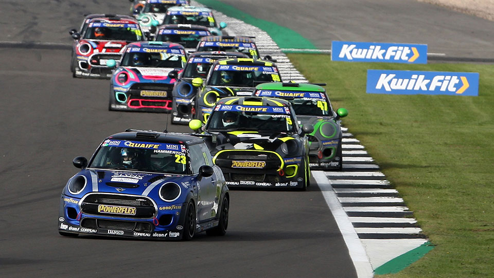 ETHAN HAMMERTON SWITCHES TO EXCELR8 FOR MINI CHALLENGE RETURN