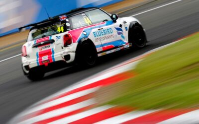 MAX BIRD GOES TWO FROM TWO IN BRANDS HATCH QUALIFYING
