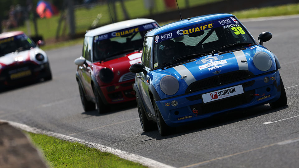 MINI CHALLENGE TROPHY HEADS NORTH AS BATTLE RESUMES