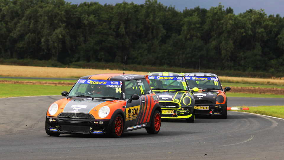 ONE POINT IN IT AS TROPHY RETURNS TO THRUXTON